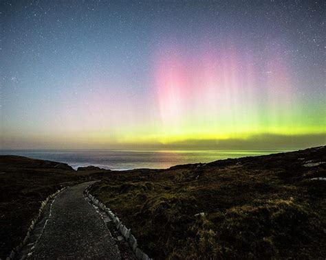 malin northern lights donegal s skies chasing the northern lights