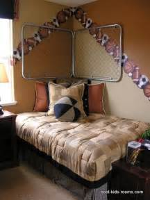 Bedroom Decorating Ideas For Teenage Guys Gallery For Gt Funny Halloween Costumes For Teen Guys