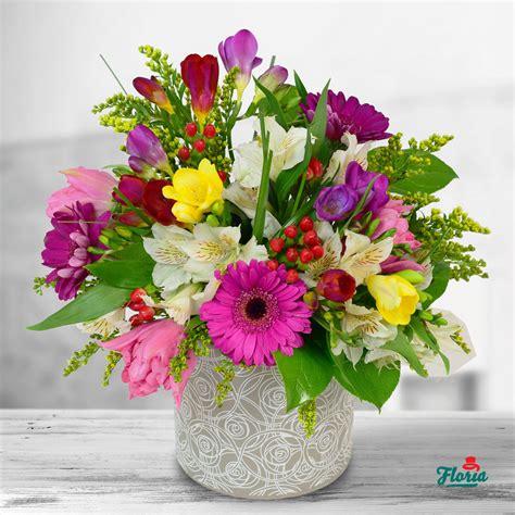 flori de primavara incepe cu cele mai frumoase buchete de flori