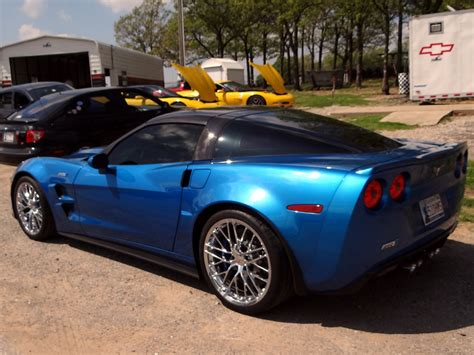 corvette shelby chevy zo6 corvettes vs shelby gt500 mustang vs porsche