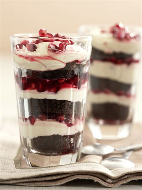 dessert im glas essen und trinken