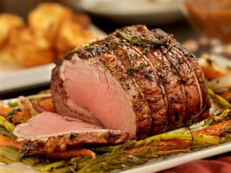 come si cucina il rosbif di vitello la ricetta roast beef all inglese in crosta di sale