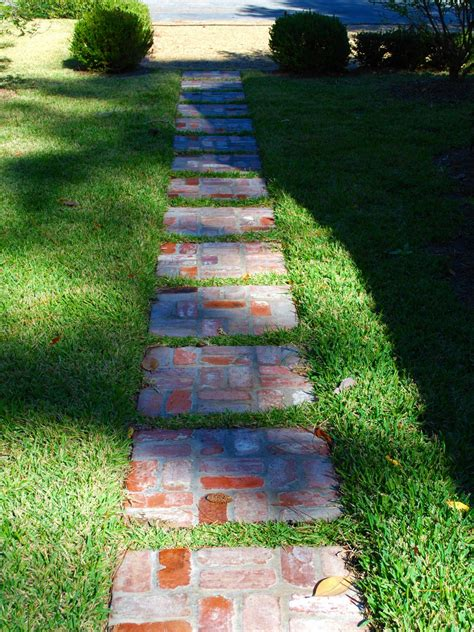 Stepping Garden Path Ideas Pictures Of Garden Pathways And Walkways Diy Shed