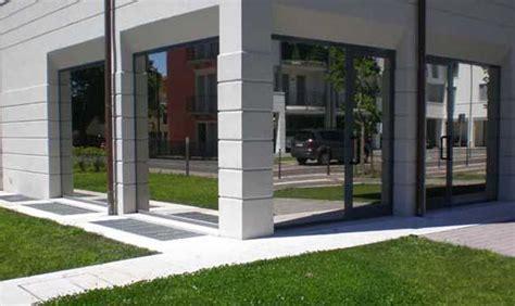 vetri speciali per porte pellicole adesive per vetri