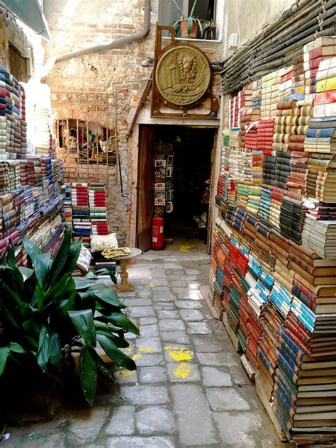 the italian books bookshop venice italy photo on sunsurfer