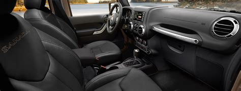 Jeep Wrangler Interior by 2017 Jeep Wrangler Interior Features