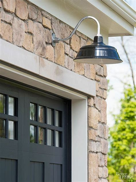 Outdoor Garage Light 17 Best Ideas About Outdoor Garage Lights On Pinterest Exterior Lighting Fixtures Light Style