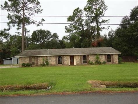 houses for sale in lake charles la 5668 pinewood dr e lake charles louisiana 70607 foreclosed home information