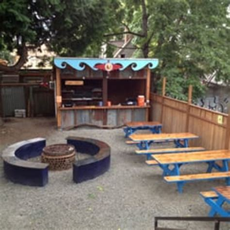 Portland Bars With Patios by Teote 190 Photos American Central Eastside