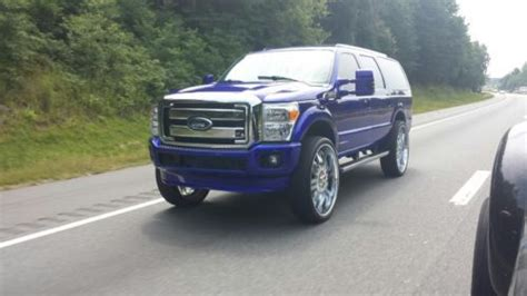sell  custom ford excursion  front