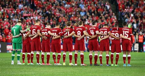 liverpool football pictures liverpool and sydney fc pay tribute to manchester after
