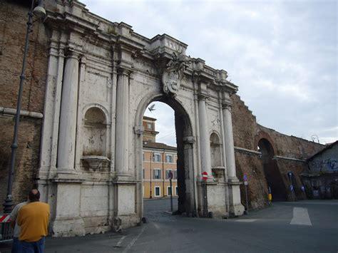 porta portese file trastevere porta portese 1050836 jpg wikimedia