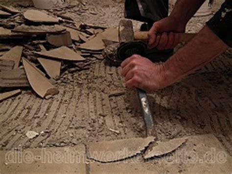 Pvc Boden Entfernen Werkzeug by Fliesen Entfernen Die Heimwerkerseite De