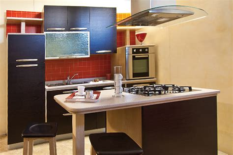 Isola Cucina Stretta by Cucina Piccola Moderna Forum Come Si Sceglie Una Cucina