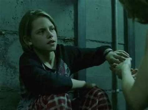 Cast Of Panic Room Before Kristen Stewart Stepped In To Play In Panic