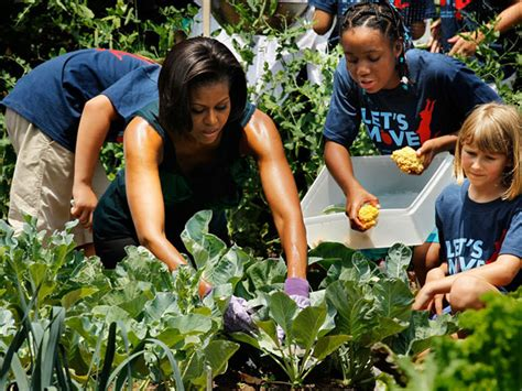 michelle obama healthy eating 10 reasons michelle obama is the best flotus