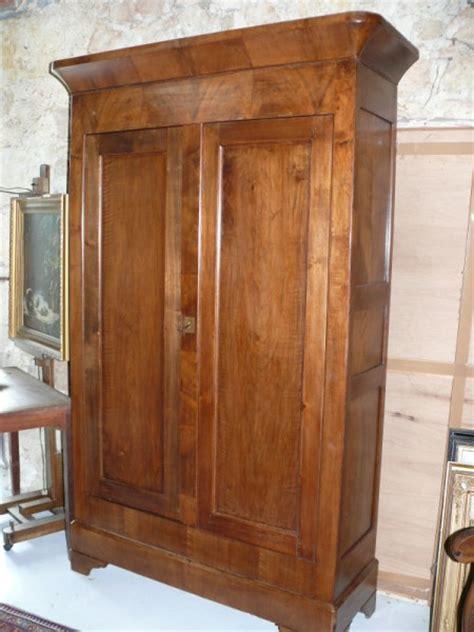 armoire louis philippe noyer armoire louis philippe en noyer albert antiquit 233