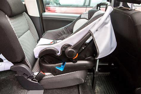 si鑒es isofix autobasis kindersitzbasis car base babyschale carlo