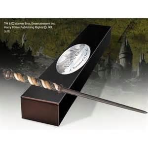 le wand baguette magique alecto carrow par noble collection