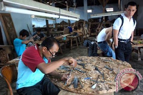 Buku Ori Pemasaran Industri Bl empat industri jepara dapat sertifikat legalitas kayu