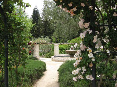 Descano Gardens by Descanso Gardens
