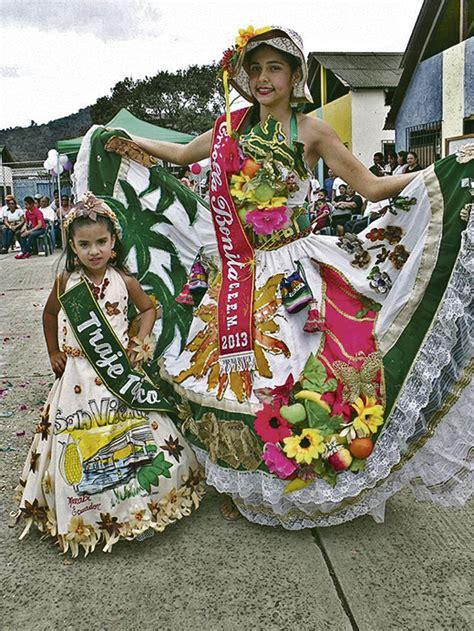 www trajes tipicos de criolla bonita u e el manglar festej 243 con m 250 ltiples actividades el