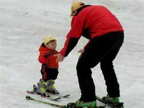 1 year skiing world record youngest skier rohan mcclaran 1 year doovi