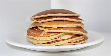 come cucinare i pancakes pancake ricetta originale americana per pancakes morbidi e
