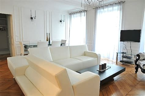location appartment appartement de prestige de 200 m2 entre concorde et