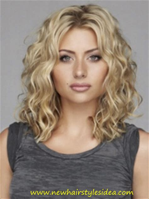 medium curly hairstyles best curly hairstyles