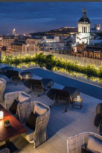 hostal el jard n el jard n mimosa del hotel mandar n de barcelona lugares