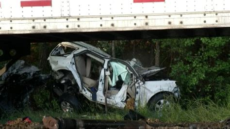 5 killed in car crash 5 southern nursing students killed in wreck www wsbtv