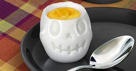 Skull Egg turn eggs into skulls for breakfast with this