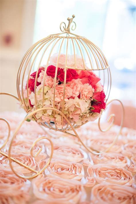 Best 25  Cinderella centerpiece ideas on Pinterest