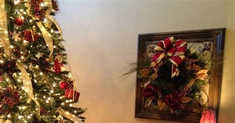 how to organize a christmas tree organize conquer clutter beautify your home how to decorate a tree like a pro