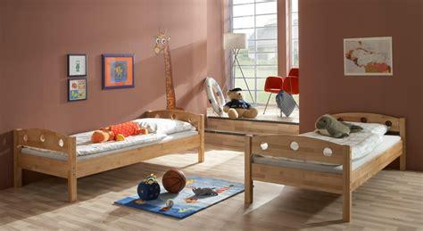 Bett 300x200 by Kinder Und Jugendbetten Bild 1 350x250 Kinder Und