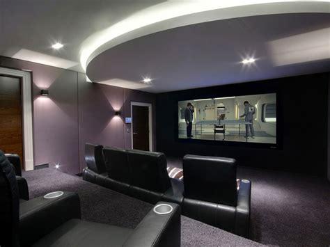 casa cinema cinema em casa colunas lificadores cadeiras e telas