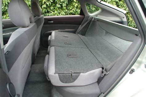 Toyota Yaris Back Seat Fold 2004 Toyota Prius Rear Seats Folded Picture Pic Image