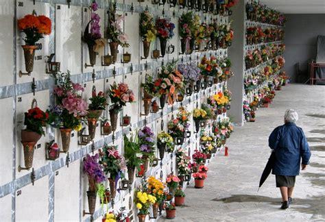 cattolica montefiascone ladri nelle cappelle cimitero quot angeli quot rubati