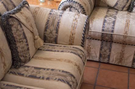 do dry cleaners clean couch cushions best 20 clean fabric couch ideas on pinterest clean