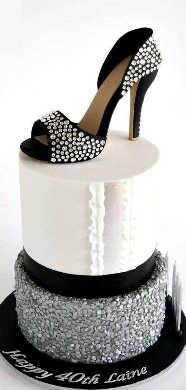 best 25 shoe wall ideas on pinterest beauty room shoe shoe birthday cake images otona manga info