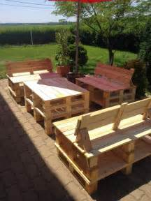 How To Make Patio Furniture With Pallets by Patio Furniture Set Made From Pallets