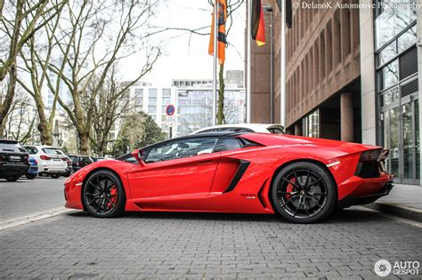 lamborghini aventador lp700 4 roadster red lamborghini aventador lp700 4 roadster 13 april 2015 autogespot