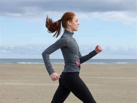 walking tips walk right tips on proper walking posture