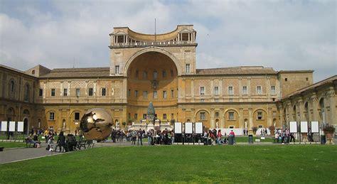 cortile belvedere bramante giardino e pontificio belvedere