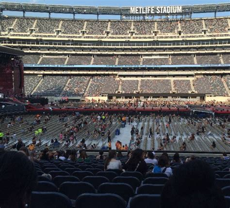 Metlife Stadium Section 139 Row 24 Seat 17 One Direction