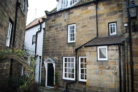 Whitby Cottages Flowergate by 3 Bedroom Cottage For Sale In The Square Robin S Bay