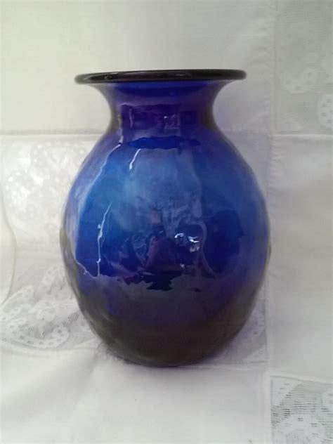 vintage cobalt blue hobnail vase