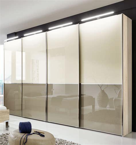 Kleiderschrank Viel Stauraum by Schwebet 252 Renschrank In Dekor Mit Glasfront 2 Bis 4 T 252 Rig
