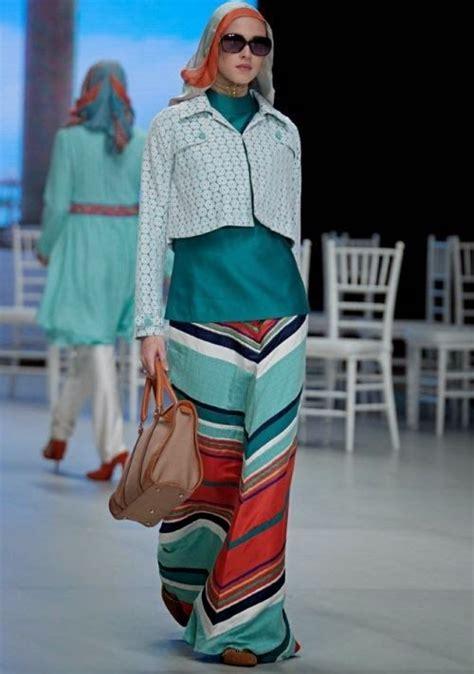 desain baju hijab keren 47 best desain baju muslim terbaru images on pinterest